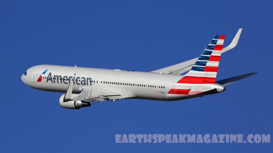 American Airlines ได้กล่าวว่าจะลดการจ้างงาน 19,000 ตำแหน่งในเดือนตุลาคมเมื่อโครงการสนับสนุนค่าจ้างของรัฐบาลขยายไปยังสายการบิน